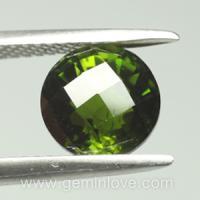 Chrome Green Tourmaline พลอยทัวร์มาลีนสีเขียว พลอยมรกต ราศีพฤษ เสริมดวง วันพุธ ดูดวง พลอยแท้ พลอยดิบ