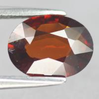gemstone: โกเมน-Garnet size: 9.9x7.5x3.0 carat: 2.08Ct.