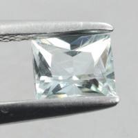 gemstone: อะคัวมารีน-Aquamarine size: 5.5x4.5x3.3 carat: 0.56Ct.