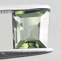 gemstone: กรีนทัวมาลีน-Green Tourmaline size: 6.5x6.0x4.2 carat: 1.17Ct.
