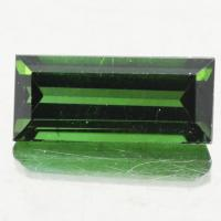 gemstone: กรีนทัวมาลีน-Green Tourmaline size: 11.6x5.2x4.5 carat: 2.59Ct.
