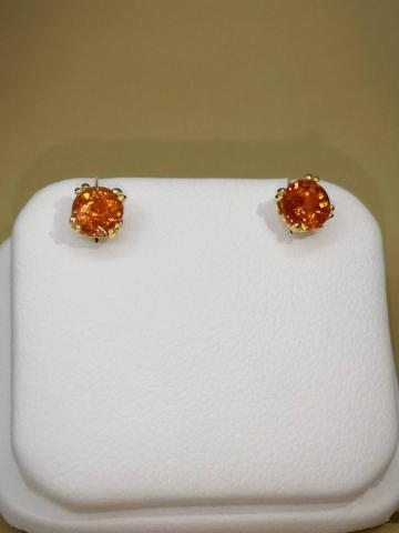 ต่างหู พลอยแท้ สีส้ม เสริมดวง พลอยโกเมน เสริมดวงวันพฤหัสฯ ของขวัญ orange sapphire มีใบเซอร์ แก้ชง เสริมราศี